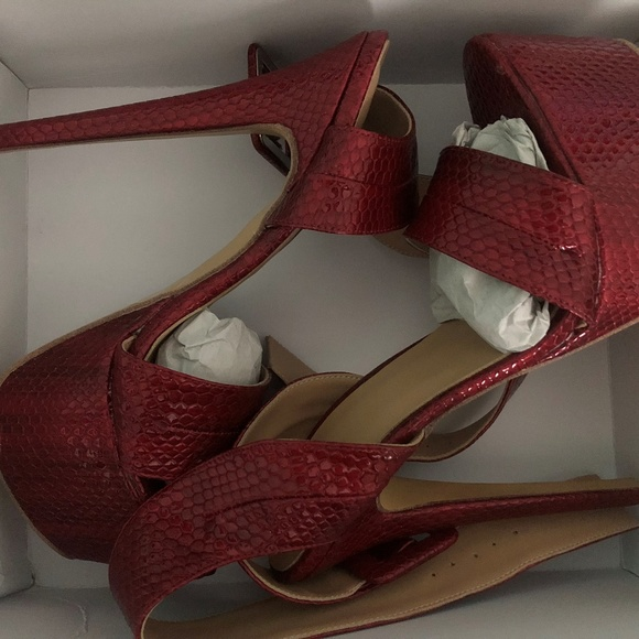 5dbcb6ee9f3 ShoesPie Ankle Wrap Buckled Platform Dress Sandals